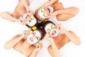 Sai lầm phổ biến khi dùng mặt nạ dưỡng da và lời khuyên giúp bạn thay đổi