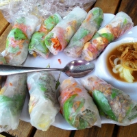 Quán bánh tráng cuốn thịt ngon nhất ở Hà Nội
