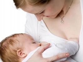 Sai lầm thường gặp nhất  khi nuôi con bằng sữa mẹ