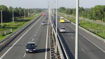 Lưu ý khi lái xe trên cao tốc để an toàn nhất