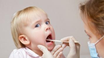 Mẹo hay chữa viêm họng bằng thảo dược