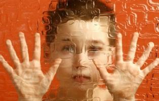 Dấu hiệu phát hiện trẻ bị bệnh tự kỷ