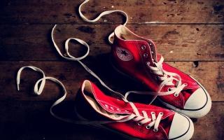Hãng giày được giới trẻ ưa chuộng nhất hiện nay