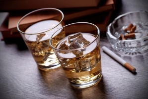 Mẹo giúp bạn uống rượu không say