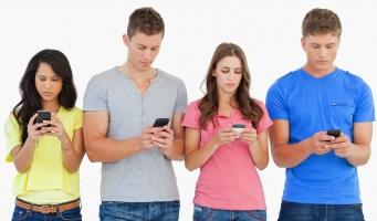 ảnh hưởng xấu của smartphone đến sức khỏe và cách phòng ngừa