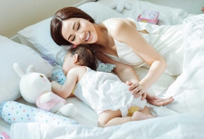 Bà mẹ đơn thân của showbiz Việt Nam