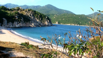 Bãi biển đẹp nhất ở Ninh Thuận bạn nên đến một lần trong đời