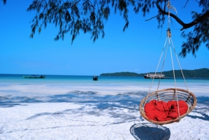Bãi biển đẹp và hoang sơ đến khó tin của Việt Nam