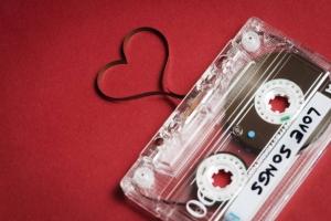 Bài hát tiếng Anh ngọt ngào nhất về tình yêu