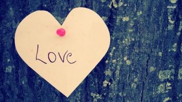 Bài hát về tình yêu hay nhất thế giới