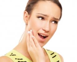 Bài thuốc dân gian chữa đau nhức răng cực kỳ hiệu quả tại nhà