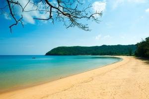 Bãi biển hoang sơ ở Việt Nam không thể không đi