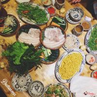 địa chỉ ăn đông khách bậc nhất trên phố Nguyên Hồng, Hà Nội