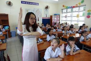 Biện pháp gây hứng thú cho học sinh theo từng môn để không nói chuyện riêng trong giờ học