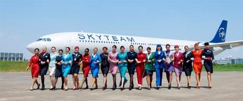 Bộ đồng phục tiếp viên hàng không đẹp nhất thế giới