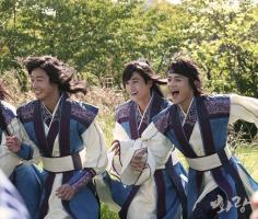 Bộ phim Hàn Quốc đặc sắc nhất lên sóng trong tháng 12/2016
