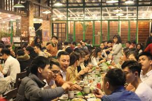 Nhà hàng tổ chức tiệc Tất niên ngon, giá hợp lý tại quận Đống Đa, Hà Nội