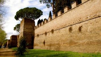 Bức tường đẹp và dài nhất trên thế giới