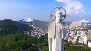 Bức tượng Chúa Kito lớn nhất trên thế giới