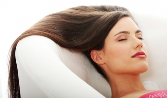 Cách chăm sóc tóc đẹp óng ả từ thiên nhiên