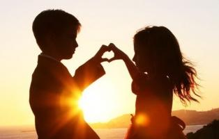 Cách để thể hiện tình cảm với một người hiệu quả nhất