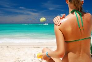 Cách phục hồi làn da cháy nắng đơn giản và an toàn