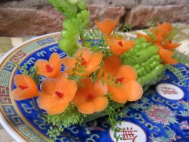 Cách tỉa hoa trang trí từ rau củ đẹp nhất