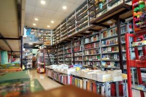 Café sách yên tĩnh dành cho dân văn phòng tại Hà Nội