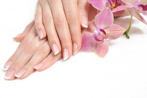 Cách chăm sóc da tay cho mùa đông hanh khô
