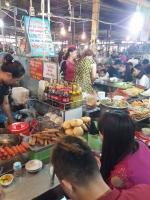 Khu chợ nổi tiếng nhất Hải Phòng