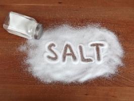 Công dụng tuyệt vời nhất của muối ăn trong đời sống hàng ngày