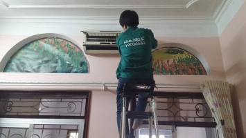 Dịch vụ vệ sinh máy lạnh/điều hòa tại nhà uy tín ở Hà Nội