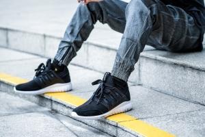 Cửa hàng giày Adidas chính hãng uy tín nhất thành phố Hồ Chí Minh
