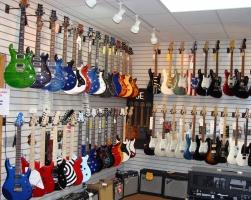 Cửa hàng nhạc cụ chất lượng tại Hà Nội