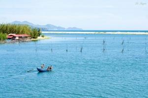 đầm nước đẹp nhất Việt Nam