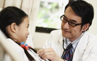 Bác sĩ chuyên khoa nhi có phòng khám tại nhà ở Hà Nội