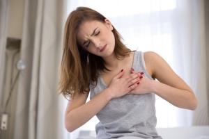 Triệu chứng của người mắc bệnh tim mạnh