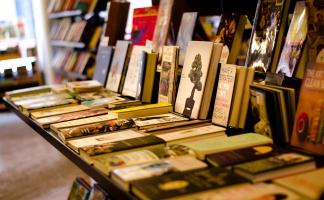 Địa chỉ bán sách ngoại văn tốt nhất Hà Nội