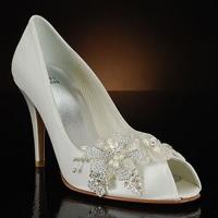Địa chỉ mua giày Việt Nam xuất khẩu (VNXK) đẹp – độc – xịn