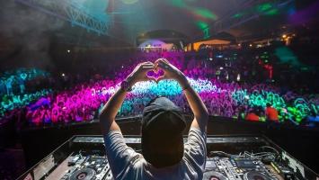 DJ nổi tiếng nhất trong làng âm nhạc thế giới