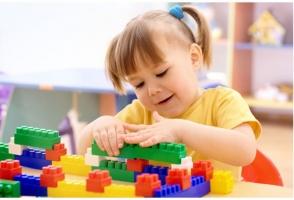 Đồ chơi cho bé mẫu giáo phù hợp và an toàn nhất