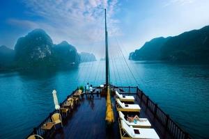 Du thuyền tốt nhất trên vịnh Hạ Long