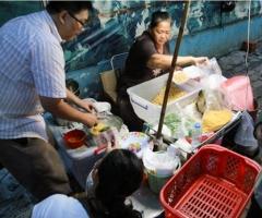 Gánh hàng rong hút khách nhất Sài Gòn