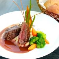 Quán ăn ngon tại phố Núi Trúc - Hà Nội