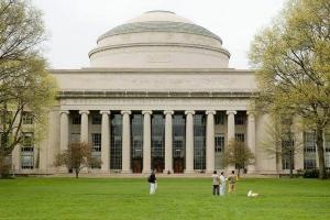 Trường đại học kinh tế hàng đầu của Mĩ