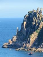 Hòn đảo tuyệt đẹp dành cho việc cắm trại ở Phú Yên