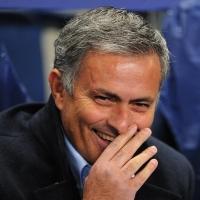 Huấn luyện viên bóng đá hưởng lương cao nhất thế giới