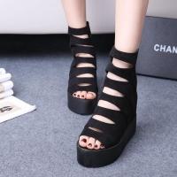 Kiểu giày đẹp mà mọi cô gái đều muốn có