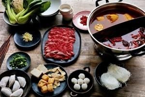 Món lẩu ngon của Hàn Quốc cho bữa tiệc gia đình kì nghỉ lễ 30/4-1/5