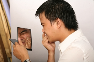 Kem trị mụn cho nam giới hiệu quả nhất